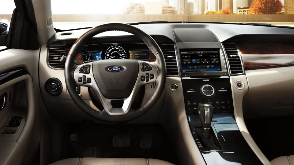 2014 Ford Taurus Interior
